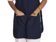Casulla con ajustes laterales y bolsillo central color marino.jpg
