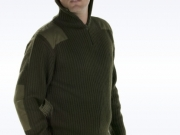 Jersey refuerzos cuello alto verde.jpg