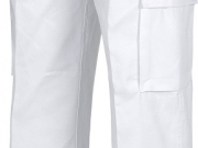 Pantalon multibolsillos blanco.jpg