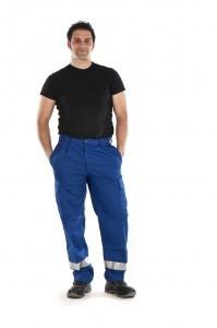 Pantalon multibolsillos con banda reflectante cpomares