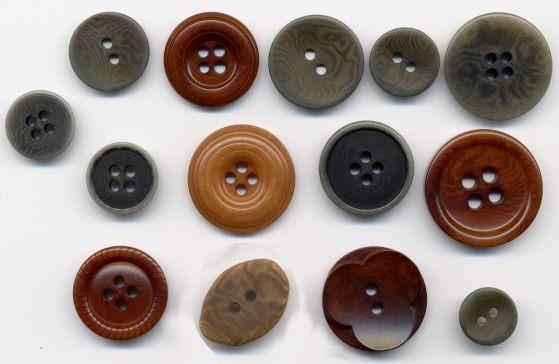 Botones para trajes. Confecciones Pomares