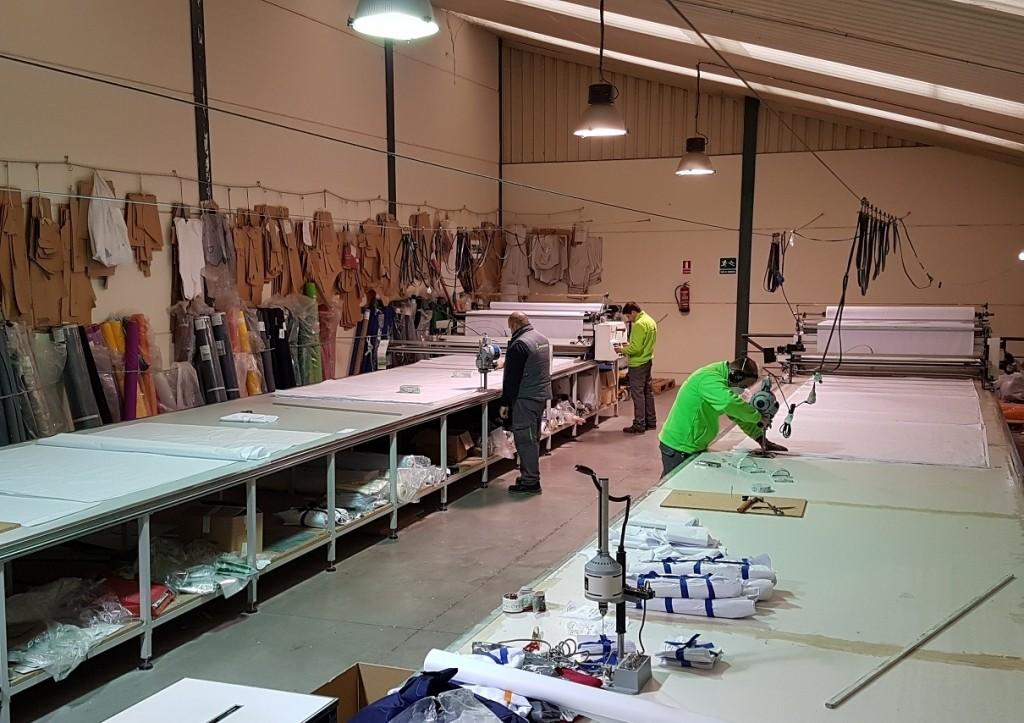 Fabricacion de ropa de trabajo y vestuario laboral. Fabricantes de uniformes.